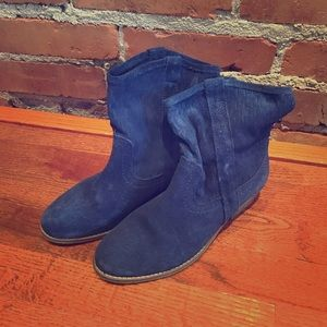 Size 7 Steve Madden Blue Suede Rancho Booties